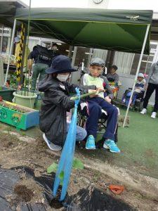 『 5月12日 夏野菜の苗を植えました! 』